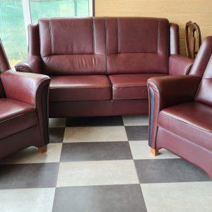 Кожен диван с два фотьойла